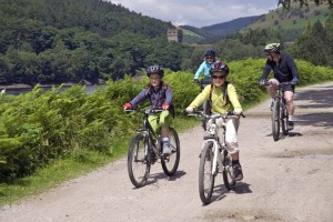 Cycling-at-Derwent-small